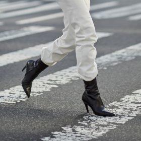 Boots med klack för Kvinnor