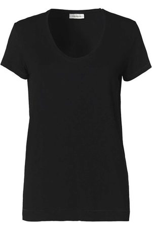 By Malene Birger Fevia TEE