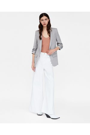 Zara outfit kvinna blusar   tunikor ea68ccc34ba5c