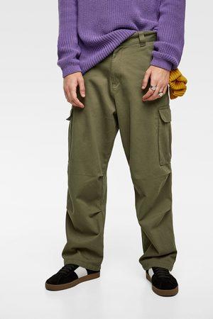 The Kvinnor Gröna byxor   jeans.   2.000 produkter. Kvinna  Byxor   Jeans   Grön 870f75baaad8a