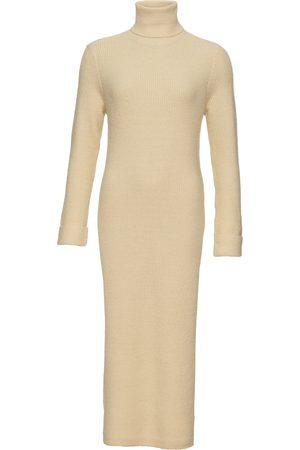 bonprix Stickad klänning med polokrage
