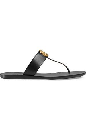Gucci Kvinna Sandaler - Leather thong sandal with Double G