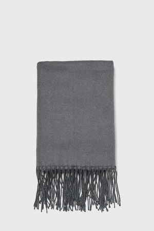 Zara Kvinna Sjalar & Halsdukar - Slät halsduk med fransar