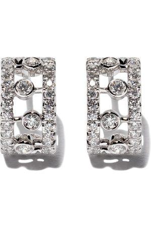 De Beers Dewdrop diamantörhängen i 18K vitt guld