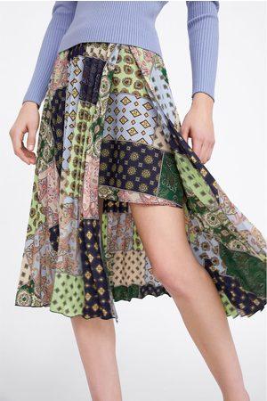 Zara Plisserad kjol med lappmönster