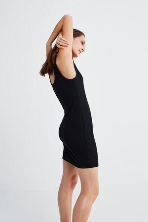 b2e160c38cac Ribbstickad klanning Klänningar Kvinnor, jämför priser och köp online