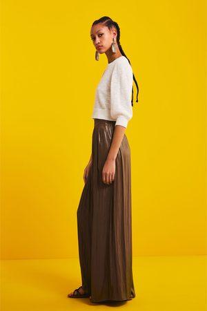 Zara Vid byxa med glansig effekt