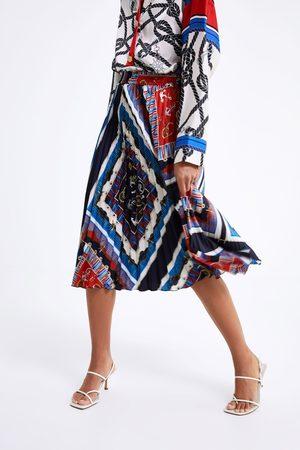 Zara Plisserad kjol med knutmönster