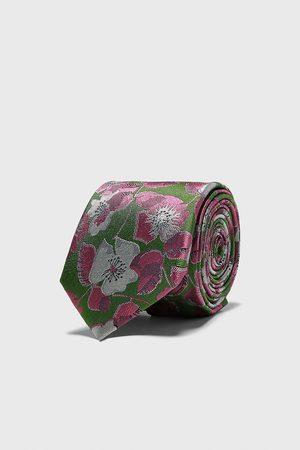 Zara Bred slips i jacquard med blommönster