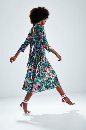 Köp Klänningar från Zara för Kvinna Online  483dd19a95041