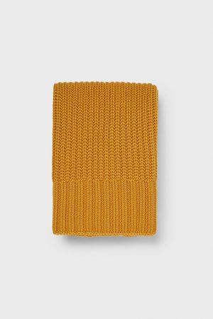 Zara Pärlstickad halsduk
