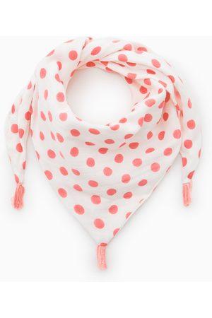Zara Prickig scarf av triangelmodell