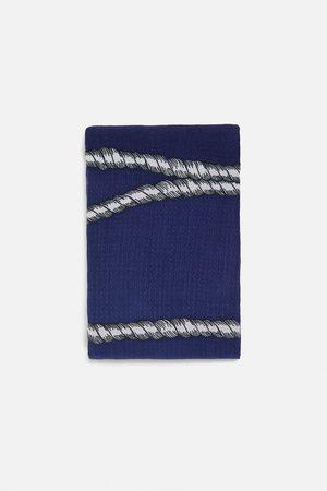 Zara Mönstrad scarf med textur