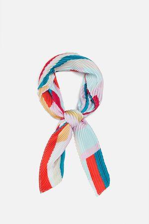 Zara Plisserad och mönstrad scarf