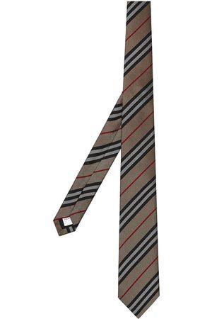 Burberry Sidenslips med klassiskt snitt och ikonisk rand