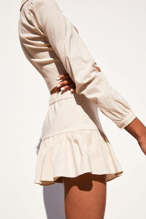 Zara Kort kjol med volang