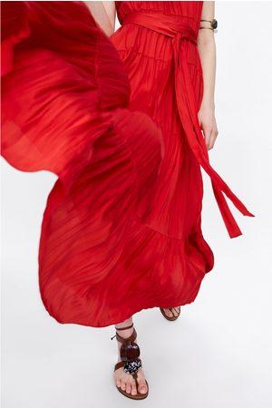 Zara Halterneckklänning