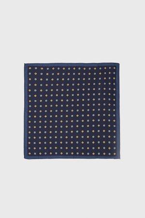 Zara Bröstnäsduk med geometriskt mönster