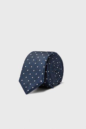 Zara Prickig och smal slips