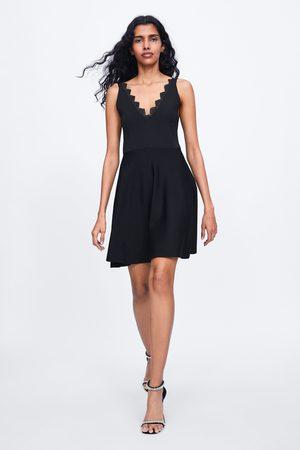 Zara Stickad spetsklänning