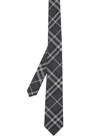 Burberry Rutig slips med klassiskt snitt