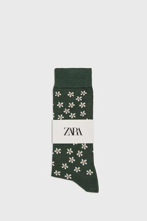 Zara Strumpor med merceriserade blommor