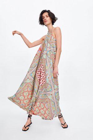 Zara Mönstrad klänning med halterneck