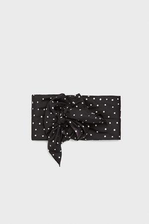 Zara Prickig scarf