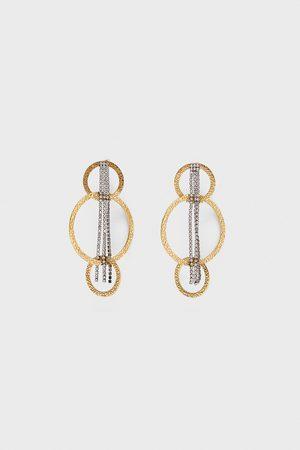 Zara örhängen med ringar och kedjor