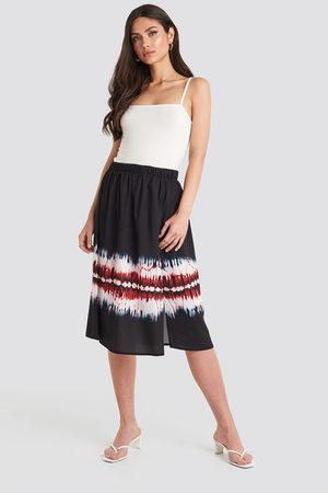 NA-KD Tie Dye Print Side Split Skirt