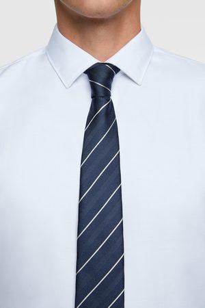 Zara Randig bred slips