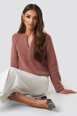 NA-KD Zipper Front Knitted sweater - Stickade tröjor - Rosa - Medium