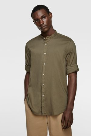 Zara Skjorta med ärmar med hällor