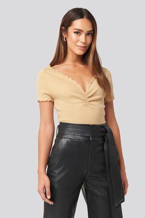 NA-KD Kvinna T-shirts & Linnen - Front Ruched Babylock Top - Toppar - Beige - X-Large