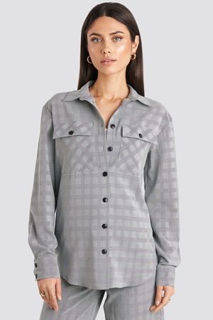 NA-KD Plaid Overshirt