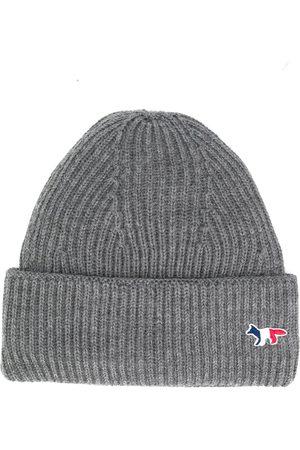 Maison Kitsuné Hattar - Stickad hatt