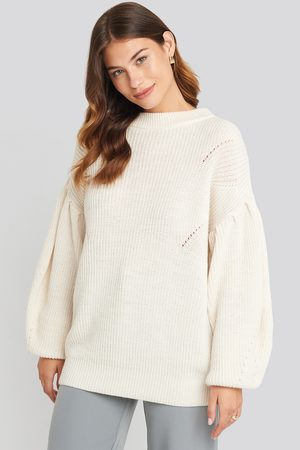 NA-KD Puff Sleeve Sweater - Stickade tröjor - Vit - X-Large