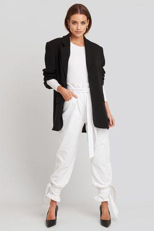 NA-KD Tie Hem Paperbag Waist Jeans
