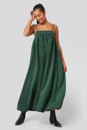 NA-KD Thin Strap Volume Midi Dress