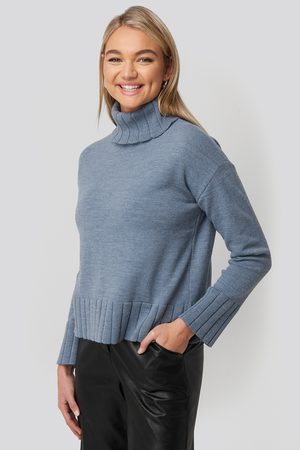 NA-KD Slouchy Turtle Neck Sweater
