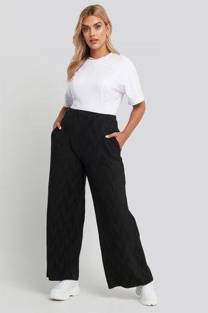 NA-KD Kvinna Byxor - Creased Effect Loose Fit Pants