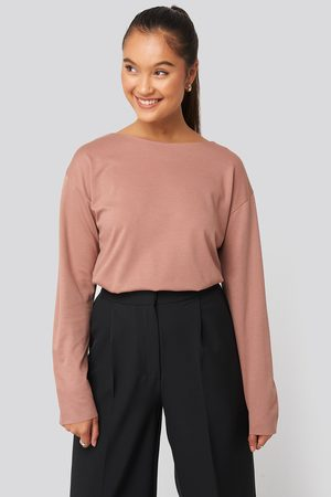NA-KD Round Neck Relaxed Sweatshirt