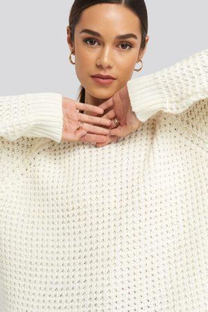 NA-KD Kvinna Stickade tröjor - Round Neck Pineapple Knitted Sweater