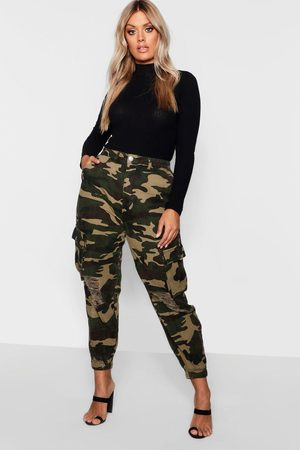 Boohoo Plus Ripped Pocket Denim Cargo Jeans, Green