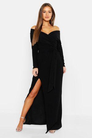 Boohoo Petite - Maxiklänning I Off Shoulder-Modell Med Slits, Black