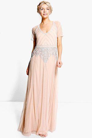 Boohoo Boutique Smyckad Långklänning Med Holkärm