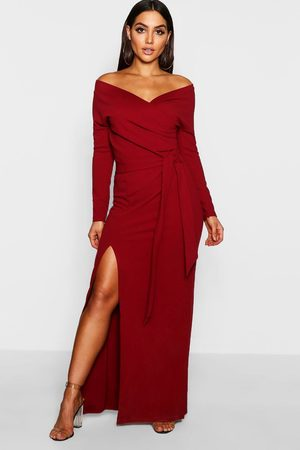 Boohoo Maxiklänning I Omlottmodell Med Bara Axlar Och Slits, Red