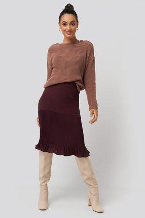 NA-KD Pleated Detail Skirt