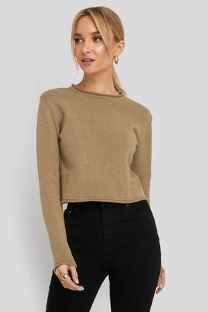 NA-KD Recycled Cropped Sweater - Stickade tröjor - Beige - Medium