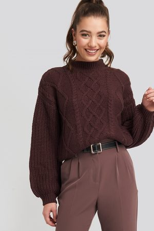 NA-KD Cable Knitted Balloon Sleeve Sweater - Stickade tröjor - Röd - XX-Small